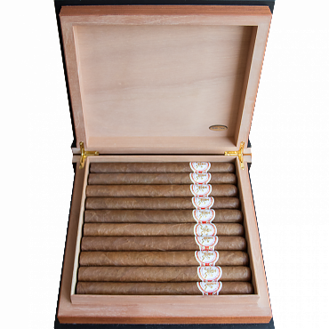 Hoyo De Mont Maravillas Collection Book 2015